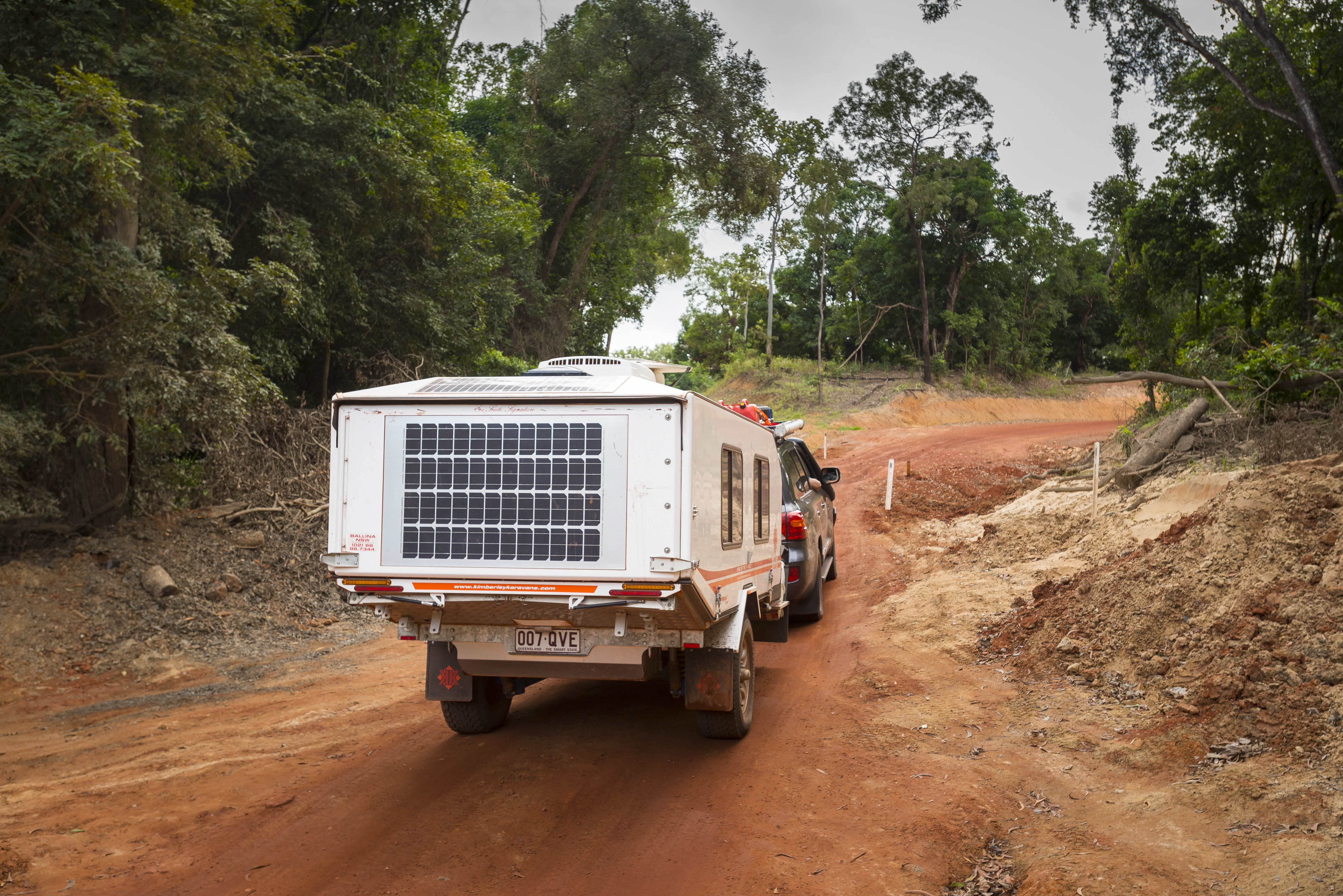 3.Whether you mount your panels on top of your vehicle or rig, or run out a free-standing unit in camp, you simply can't beat a solar panel for clean, fuel-free power