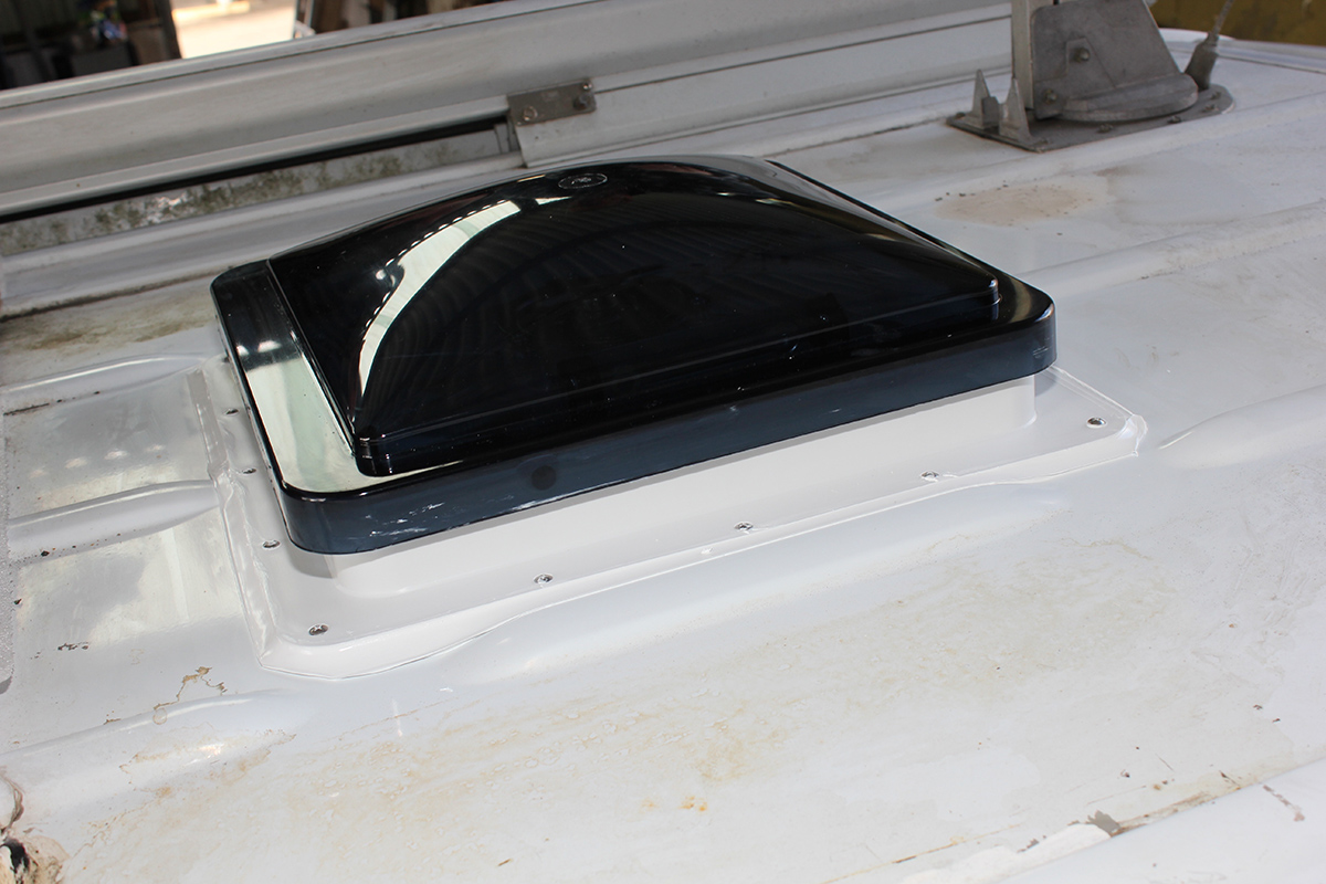 How To Replace A Caravan Roof Hatch Without A Hitch
