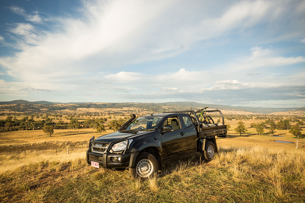 Isuzu-Ute-in-Victorian-High-Country