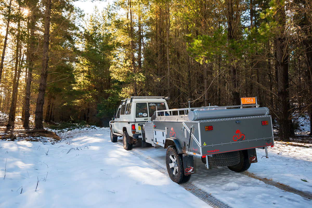 Driving-and-towing-in-the-snow-1