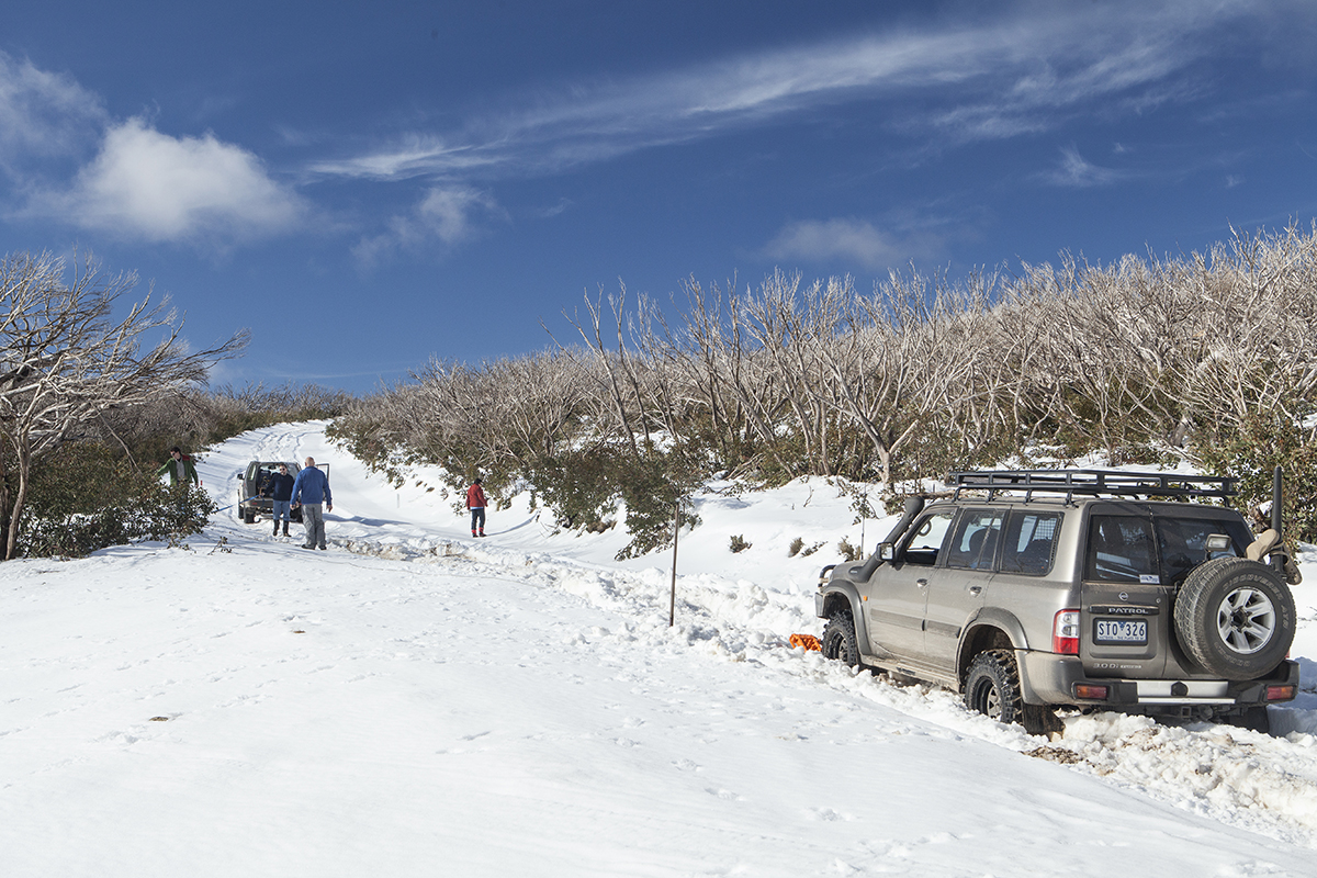 Driving-and-towing-in-the-snow-2