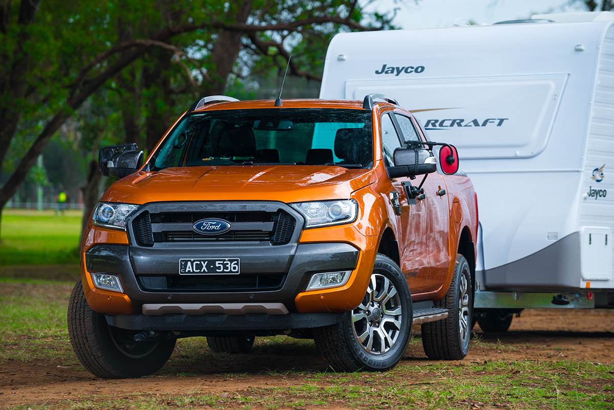 Ford-4WD-towing-Jayco-Starcraft