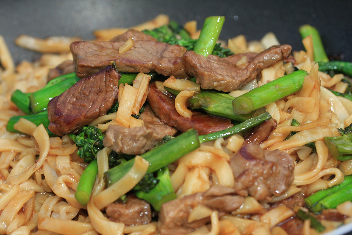 Broccolini-and-Beef-Noodles