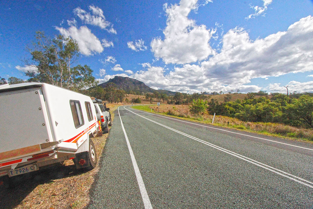 Caravan-along-the-road-to-Spicers-Gap-in-the-Main-Range
