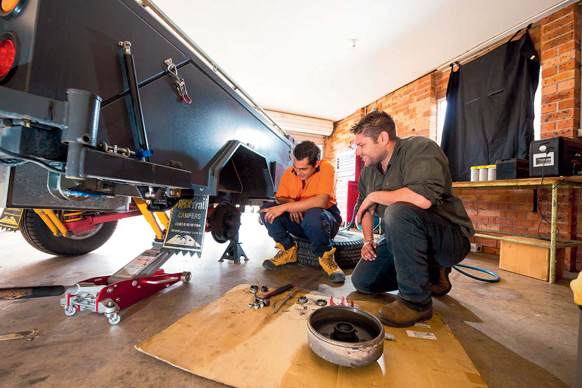 Servicing-and-maintaining-camper-trailer