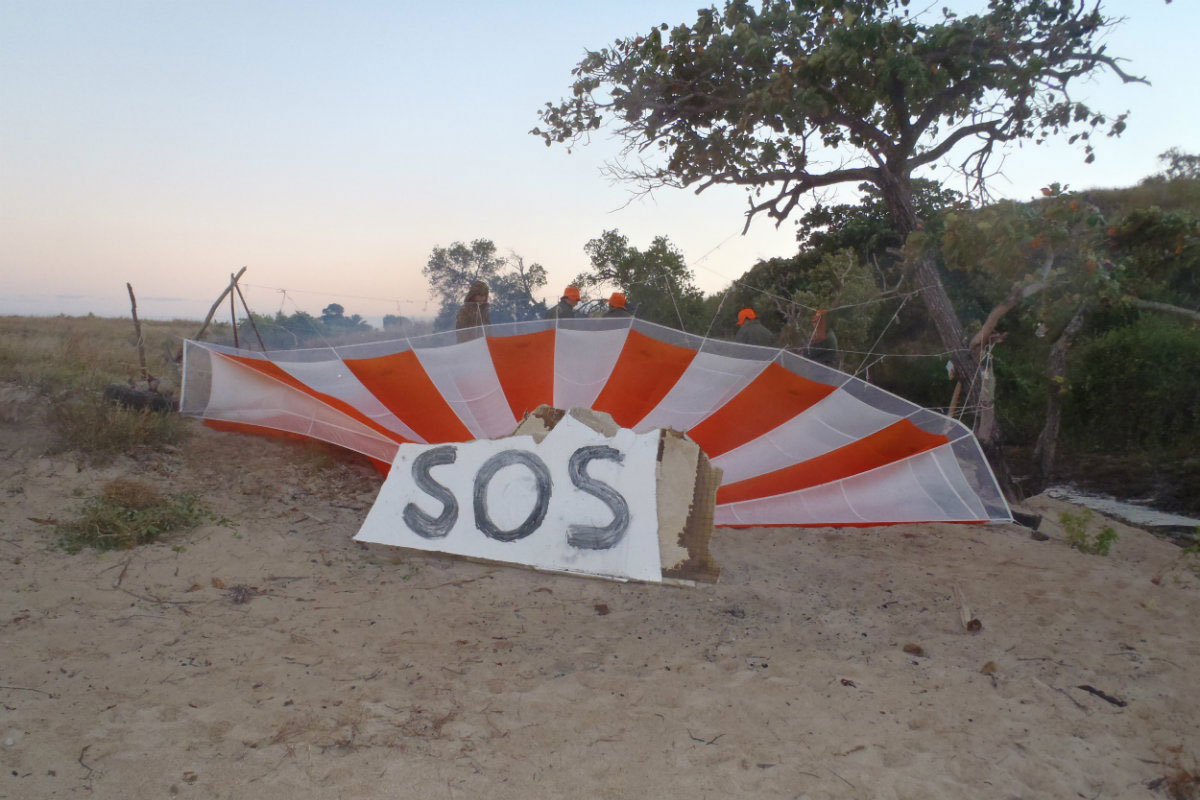 SOS-sign-in-the-outback