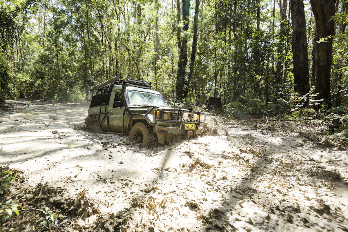 4WD-in-mud-in-Watagan-Mountains-NSW