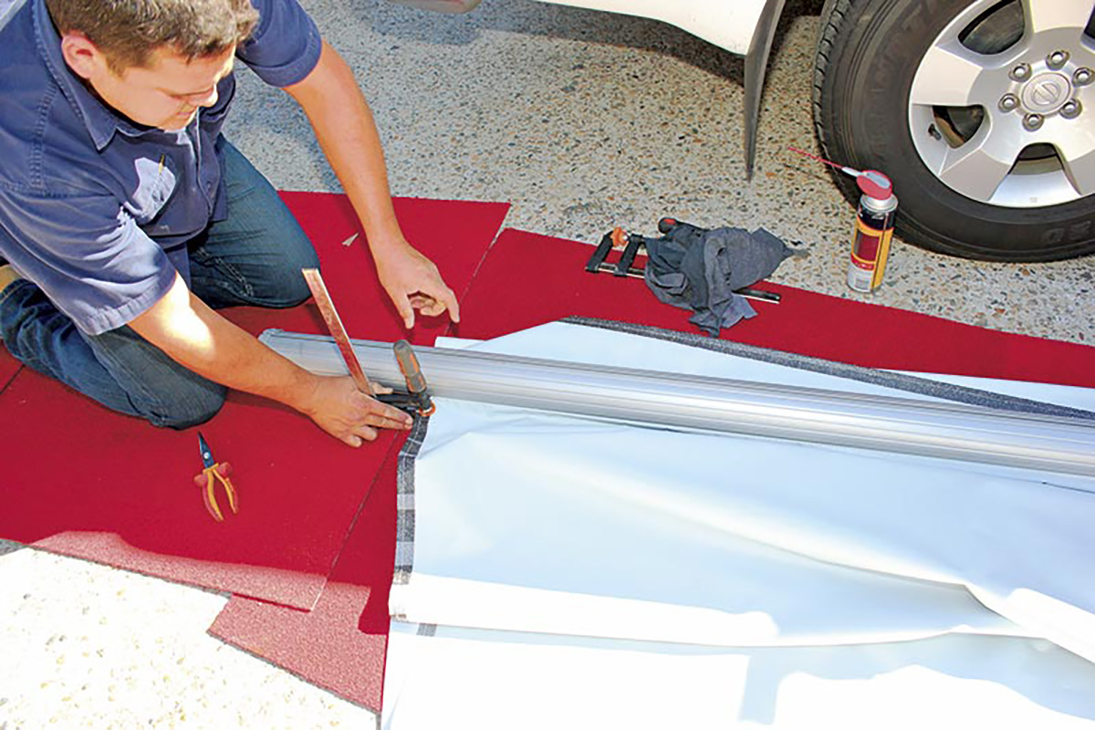 Securing-a-clamp-on-the-caravan-awning-roll